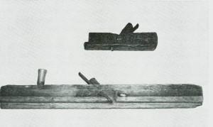 """""""Sems"""" (1806) og """"trohævill"""" (1806). Bygdemuseet.) Foto Garberg."""