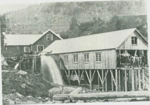 Mølnå mølle og sagbruk 1905.