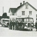 Foran rutebilstasjonen 1937.