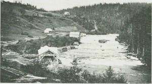 Kjelstadfossen sag 1889. Foto E. Jenssen