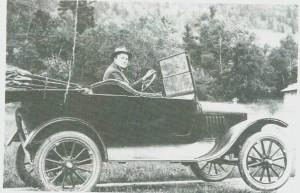 Magnus Langseth i den nye forden sin, modell 1929.