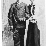 Ole Arntsen og Brynhild Tomasdt. Kjøsnes giftet seg i Domkirken og var innom fotograf Olaf Schjevlo.