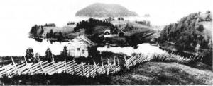 Fra Aftretsbrauta mot Vallinesset og Hoøya. Sigurdsson holdt til, se bind 1, side 84. Kongsholmen - der Sverre
