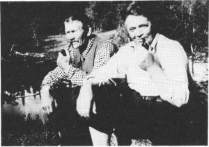 John Svensen Slind - Svennsin - og Ingebrigt G. Haarstad på en av mange fisketurer til Sørungen. Bildet er ved gamle Sørungdammen.