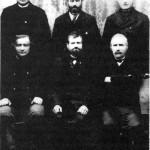 Styret i Forbruksforeningen i Vikvarvet  Foran fra venstre: Johan S. Sæter, John Eggen, Ingebrigt Sesseng.  Bak fra venstre: Johan O. Aftret, Peder Overvik, Arnt Slind.
